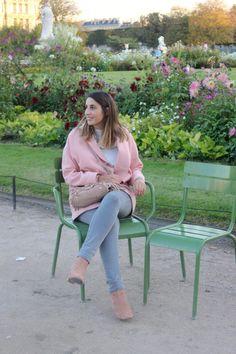 Blog-This-kind-of-Girl-Look-En-rose-et-gris-aux-Tuileries