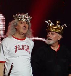Brian May and Roger Taylor John Deacon, Queen Photos, Queen Pictures, I Am A Queen, Save The Queen, Britney Spears, Brian Rogers, Roger Taylor Queen, Queen Meme