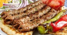 Κεμπάπ το Πολίτικο Persian Kabob Recipe, Cookbook Recipes, Cooking Recipes, Lamb Kebabs, Iranian Cuisine, Snap Food, Kabob Recipes, Greek Cooking, Greek Dishes
