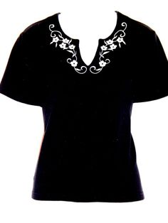 Black Knit Top with White Floral Embroidery Short Sleeves Size M #CATHYDANIELS #KnitTop #Casual