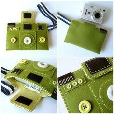 felt camera case...too cute