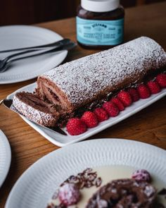 Hazelnut Chocolate and raspberry roulade - Recipe - Stefano Faita Raspberry Roulade, Raspberry Cake, Chocolate Shavings, Chocolate Hazelnut, Desserts Frits, Roulade Recipe, Mascarpone Cheese, Sifted Flour, Confectioners Sugar