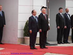 French President François Hollande is currently meeting Slovak President Ivan Gašparovič in Slovakia