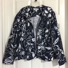 My Coldwater Creek Petite XLarge Multicolor Floral Print Jacket  by Coldwater Creek! Size 16 / XL for $$35.00. Check it out: http://www.vinted.com/womens-clothing/blazers/21374293-coldwater-creek-petite-xlarge-multicolor-floral-print-jacket.