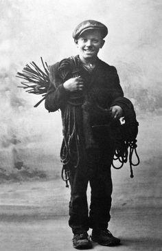 """Giovanni Battista Adorna di Villette, il """"paese delle meridiane"""", nato nel 1915"""