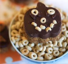 Spooky, Healthy Treats for your Little Monsters