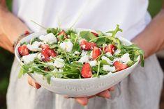 Mansikka-rukola-fetasalaatti Dairy Free, Gluten Free, Healthy Recipes, Healthy Food, Cobb Salad, Feta, Sugar Free, Salads, Glutenfree
