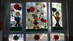 23 nisan Preschool Crafts, Windows, Birthday, Birthdays, Dirt Bike Birthday, Ramen, Window, Birth Day