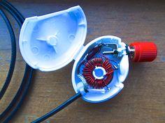 End Fed Half Wave (EFHW) matching unit mounted in a dental floss sampler. QRP Ham Radio Antenna