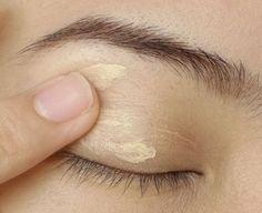 6 Makeup Tips for Small Eyes to Make Them Look Bigger | Feminiya