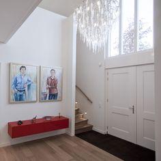 Private interior by Annekoos Littel interior architects #interior #interieur #annekoos #bni #architecture #chandelier #art #hall