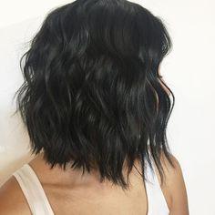 Textured Haircut ✂️✂️// @behindthechair_com #modernsalon #salon #hairstylist #hair #dchair #arlingtonvirginiahair #districtofcolumbia #washingtondc #lovedoinhair #texturedbob #texture #kevinmurphy #beauty #beautiful #hairbrained #instagram #instagood #instadaily #behindthechair #americansalon