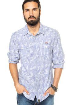Camisa Triton Estampada azul, com estampa camuflada e padronagem de listras contrastantes. Modelagem reta e fechamento tradicional.  Confeccionada em tecido macio, proporciona maior conforto e estilo.Medidas do Modelo: Altura 1,81m / Tórax: 97cm / Manequim: 40.