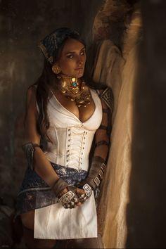 Dragon Age - Isabella at the Hanged Man byValeria Lavkhaeva - Album on Imgur