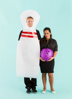 Win *all* the contests with this Bowling Pin + Bowling Ball maternity couples costume.