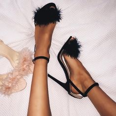Feather Ankle Strap Women Fashion Sandals High Heels Shoes Feder knöchelriemen damenmode sandalen high heels schuhe The post Feder knöchelriemen damenmode sandalen high heels schuhe & shoes♡ appeared first on Shoes . Gladiator Sandals Heels, High Heels Stilettos, Stiletto Heels, High Shoes, Pumps, High Sandals, Ankle Heels, Sandal Heels, Black Sandals
