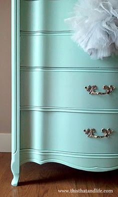 I think I need a mint dresser Godden Godden Woodcock so pretty Mint Dresser, Redo Furniture, Apartment Design, Dresser Makeover, Blue Dresser, Refinishing Furniture, Mint Green Dresser, Furniture Makeover, French Dresser