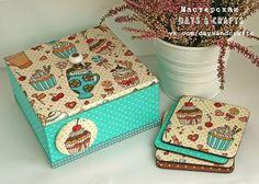 Hand decorated kitchen box for nuts, cookies and sweets & mug coasters. Decoupage. 23€  Короб для печенек, орешков и сладостей & подставки под кружки. Декупаж. 1500₱ #кухняручнойработы #кухонныйкороб #коробдляспеций #kitchendecor #kitchenbox #giftformama #handmadekitchen #countrykitchen #daysandcrafts