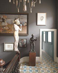 Un palier qui mêle les styles et les époques - Marie Claire Maison