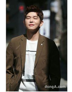 Kim Yoo Jung, Jung Yoon, Doctors Korean Drama, Kyun Sang, Netflix Horror, Lee Joongi, Krystal Jung, Great Photos, Korean Actors