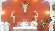 Canta misa del Pbro. Gerardo en la Parroquia Cristo Rey.