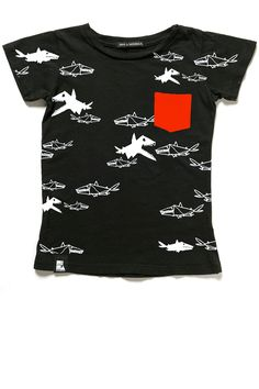 Mini & Maximus - Tiny Sharks t-shirt - SpringStof - The online shop for Little Fashionistas