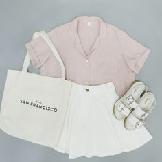Korean Fashion Sets- Hot Summer Look Striped T-shirt, Denim Jeans and White Sneakers, Black Cap. Striped T-shirt, Ripped short. Vogue Fashion, Girl Fashion, Fashion Sets, Fashion Outfits, Womens Fashion, Fashion Trends, Ootd Fashion, Cute Summer Outfits, Cute Casual Outfits