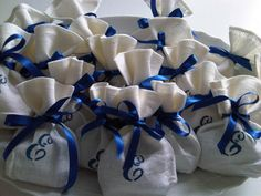 handmade favor bags in linen for Baptism, First Comunion