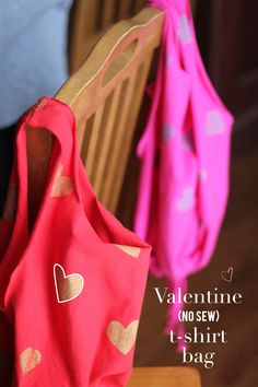 Valentine (no sew) t-shirt bag - the perfect way to carry and to collect classroom valentines!