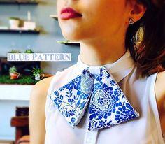 Voto Vintage girly pajarita, corbatín de ascot, el lazo de Chick, de AccesoriesByCali en Etsy https://www.etsy.com/mx/listing/524592957/voto-vintage-girly-pajarita-corbatin-de