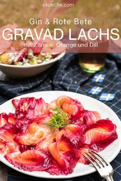 Gravad salmon with beetroot to Swedish potato salad - Midsommar picnic in Sweden European Cuisine, Red Beets, Healthiest Seafood, How To Cook Fish, Spring Recipes, World Recipes, Beetroot, Fish And Seafood, Potato Salad