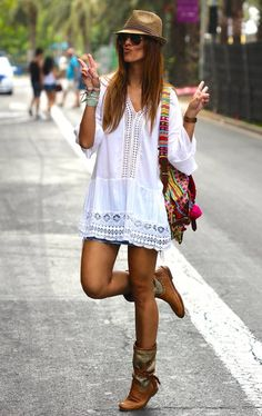 Chic White Women's Crochet Detail Embroidered Loose Tunic