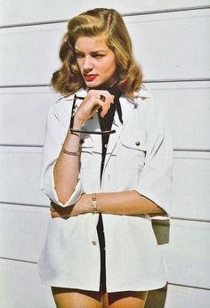 Showing some 'tude. | 39 Unbelievably Radiant Pictures Of Lauren Bacall