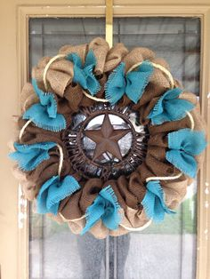Turquoise Burlap Wreath Natural, Brown Burlap Western Wreath Rustic Wreath Yes. Burlap Projects, Burlap Crafts, Wreath Crafts, Diy Wreath, Craft Projects, Diy Crafts, Wreath Ideas, Tulle Wreath, Wreath Making