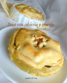 Oggi si va da Damiana a mangiarci una bella Brisè con salsiccia e scarola http://www.ipasticciditerry.com/brise-con-salsiccia-e-scarola/
