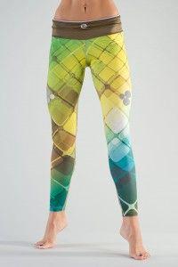 Løbetightsene er designet i samarbejde med professionelle atleter og har suveræn pasform. http://www.2skin.dk/p/452/leggings-oslp-02