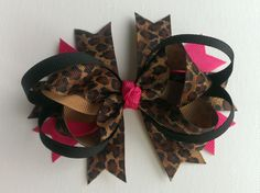 Leopard print and hot pink #boutique bow, pretty! #leopard #bow