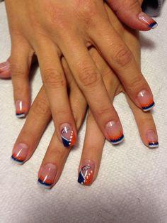 50 Fresh Patriots Art Nails For Your Beautiful Hands - Nona Gaya Fancy Nails, Cute Nails, Pretty Nails, Toe Nail Art, Acrylic Nails, Denver Broncos Nails, Football Nail Art, Tiger Nails, Creative Nails