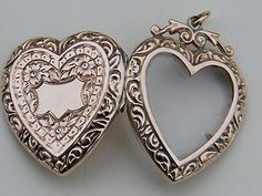 RARE Antique Victorian 9K Gold Heart Locket Glass Front 1901-1910