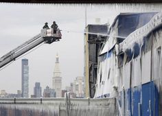 #FDNY battle the largest fire since 2006 at a #Brooklyn warehouse #FireSafety #NYC #NewYork