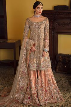Desi Wedding Dresses, Asian Wedding Dress, Indian Wedding Outfits, Bridal Outfits, Pakistani Formal Dresses, Pakistani Bridal Wear, Pakistani Bridal Dresses, Pakistani Outfits, Stylish Dresses For Girls