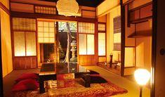せっかく京都に行くのなら泊まるところでも京都らしい雰囲気を味わいたい!今回はそんな願いをステキな価格で叶えてくれる町家ゲストハウスをご紹介します!