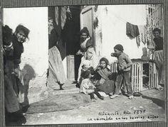 La comida en los barrios altos 1898 - Colección: FRIAS