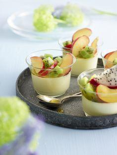Jos haluat hurmata jälkiruoalla, tällä reseptillä onnistut varmasti: http://www.dansukker.fi/fi/resepteja/hedelmapannacotta.aspx #resepti #pannacotta #ohje