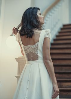The luxurious & short civil wedding dresses you've been waiting for
