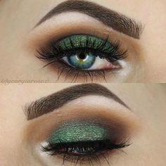 Emerald smokey eye https://www.beauty-secrets.us/