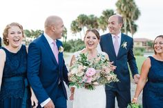 I was in love with the colors Lauren chose for her wedding, and the bridesmaid's dresses were so elegant!