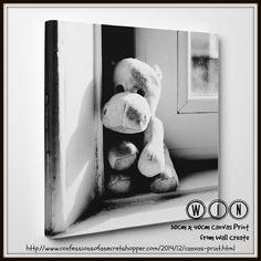 Win a 30cm x 40cm Canvas Print from Wallcreate