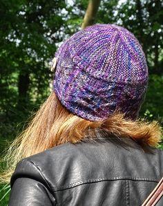 Déalan Dé   Knitty.com - First Fall 2016 Knit Hats 77a8d25127d8