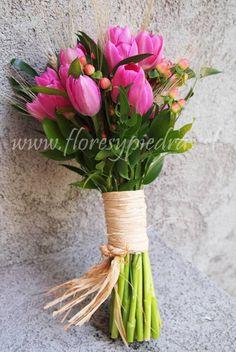 ramos de novia de tulipanes - Buscar con Google